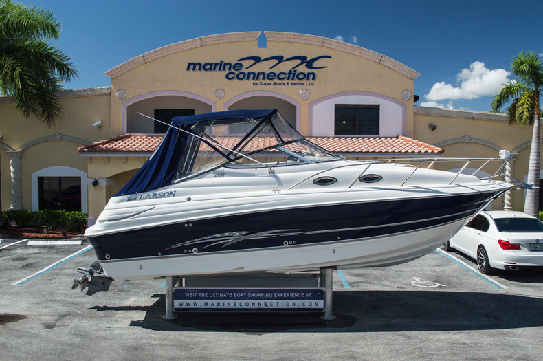 Used 2008 Larson 260 Cabrio boat for sale in West Palm Beach, FL