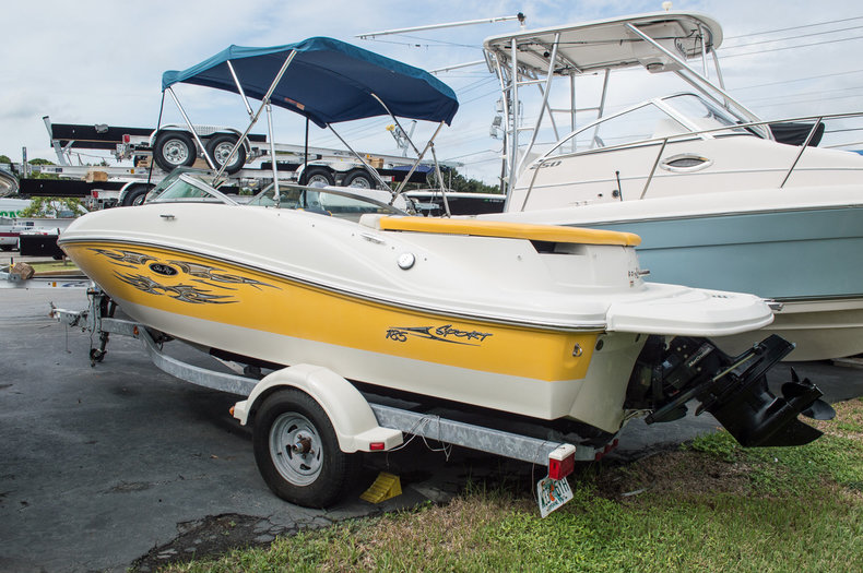 Used 2007 Sea Ray 185 Sport Bowrider boat for sale in West Palm Beach, FL