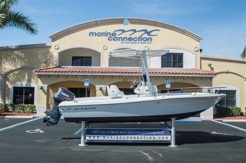 Used 2001 Sailfish 198 Center Console boat for sale in West Palm Beach, FL