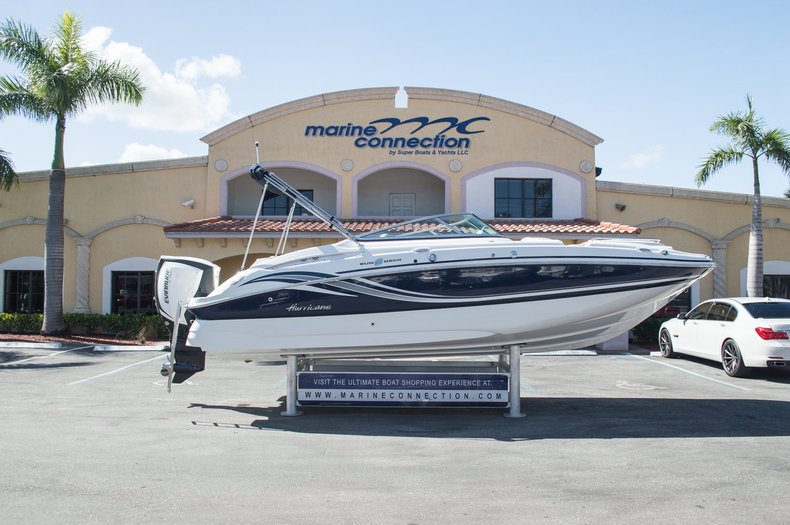 New 2015 Hurricane SunDeck SD 2400 OB boat for sale in Miami, FL