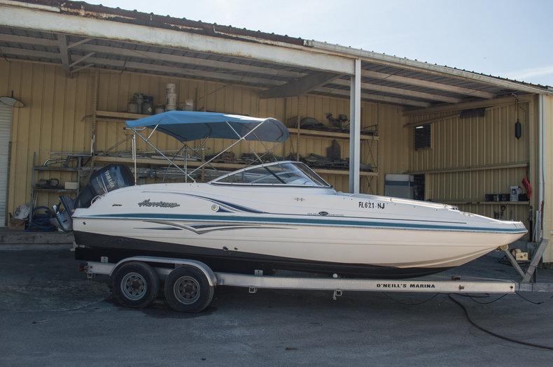 Used 2007 Hurricane SunDeck SD 237 OB boat for sale in Vero Beach, FL
