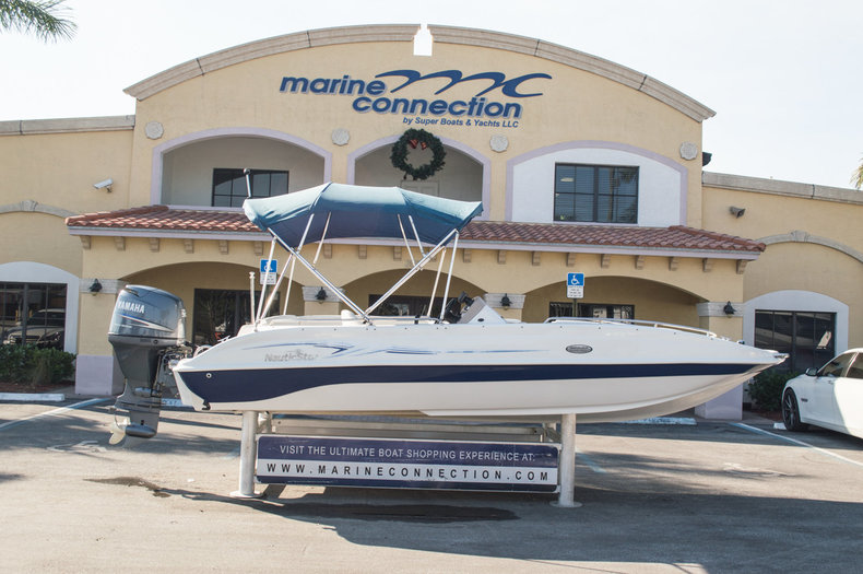 Used 2007 NauticStar 200SC Sport Deck boat for sale in West Palm Beach, FL