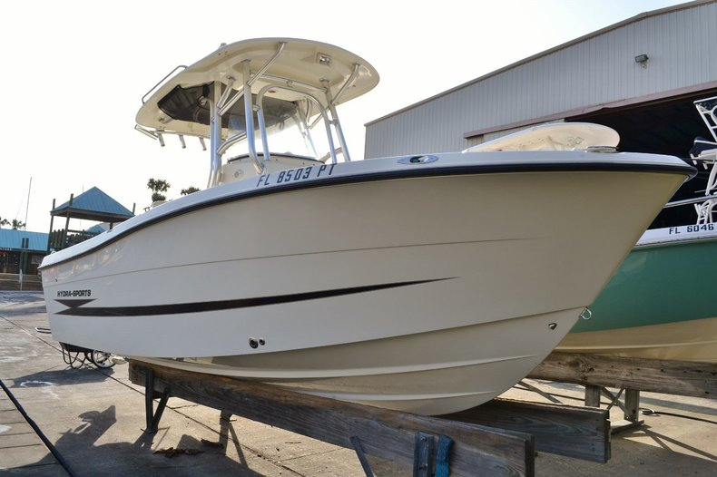 Used 2010 Hydra-Sports 2000 Center Console boat for sale in Vero Beach, FL