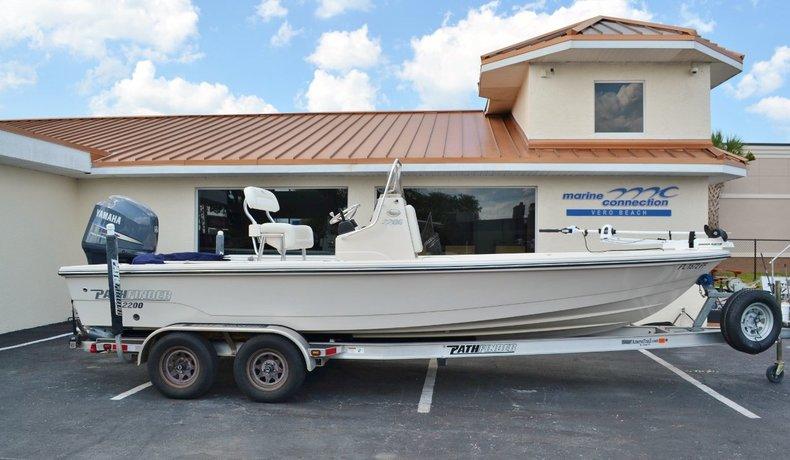 Used 2011 Pathfinder 2200 TRS Bay Boat boat for sale in Vero Beach, FL