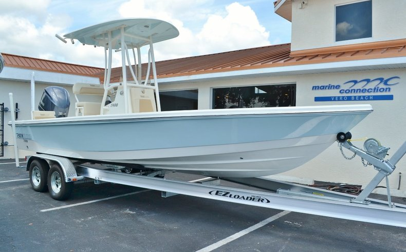 New 2015 Pathfinder 2400 TRS Bay Boat boat for sale in Vero Beach, FL
