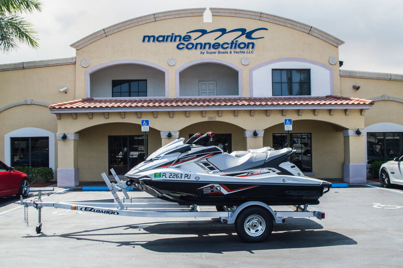 Used 2014 Yamaha 1100 FX SHO boat for sale in West Palm Beach, FL