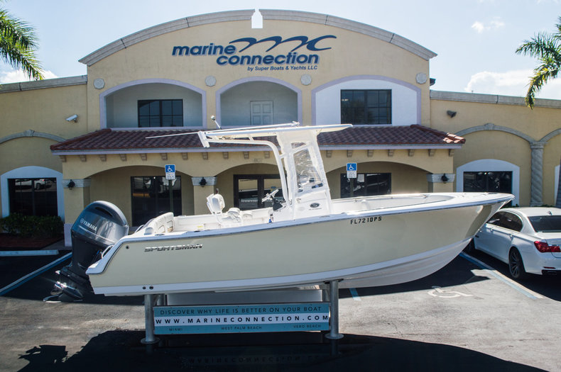 Used 2014 Sportsman Heritage 231 Center Console boat for sale in West Palm Beach, FL