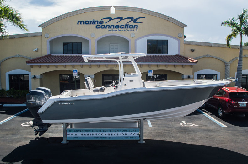 Used 2015 Tidewater 250 CC Adventure Center Console boat for sale in West Palm Beach, FL