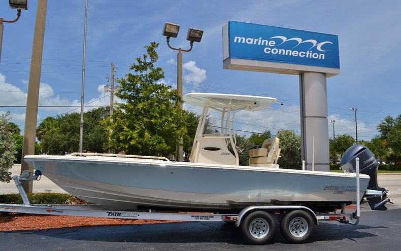 New 2015 Pathfinder 2600 TRS boat for sale in Vero Beach, FL