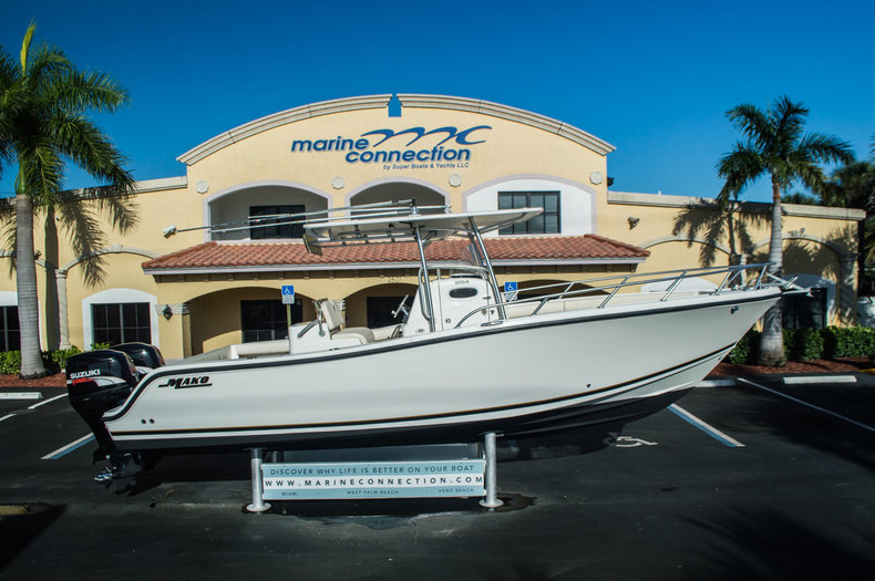 Used 2006 Mako 284 Center Console boat for sale in West Palm Beach, FL