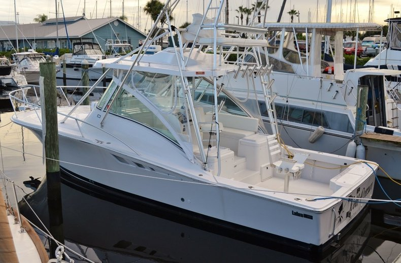 Used 2001 LUHRS 320 boat for sale in Vero Beach, FL