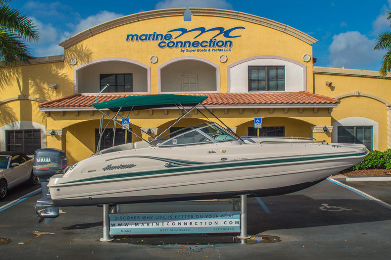 Used 2001 Hurricane SunDeck SD 237 OB boat for sale in Vero Beach, FL