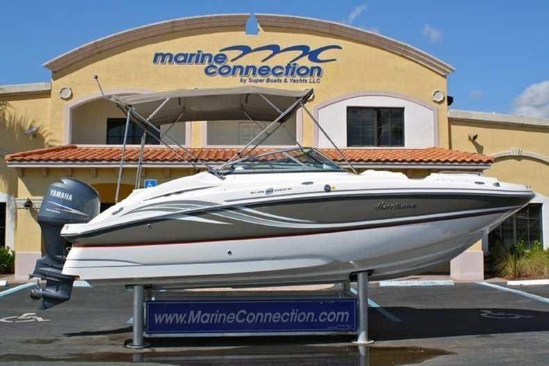 New 2013 Hurricane SunDeck SD 2200 DC OB boat for sale in West Palm Beach, FL