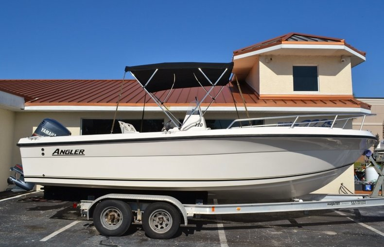 Used 2003 Angler 220 boat for sale in Vero Beach, FL