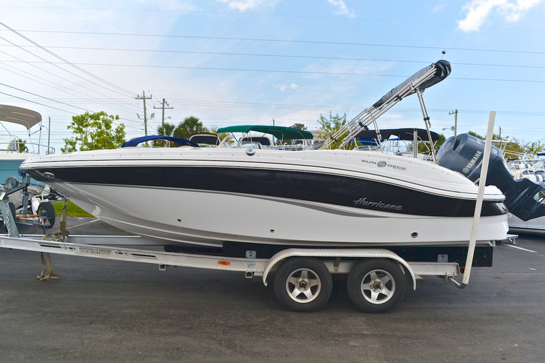 New 2014 Hurricane SunDeck Sport SS 203 OB boat for sale in West Palm Beach, FL