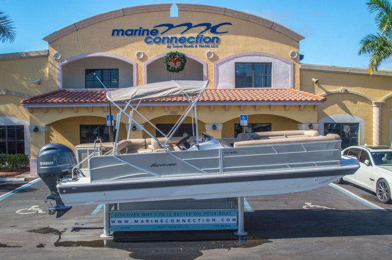 New 2016 Hurricane FunDeck FD 226 OB boat for sale in Vero Beach, FL