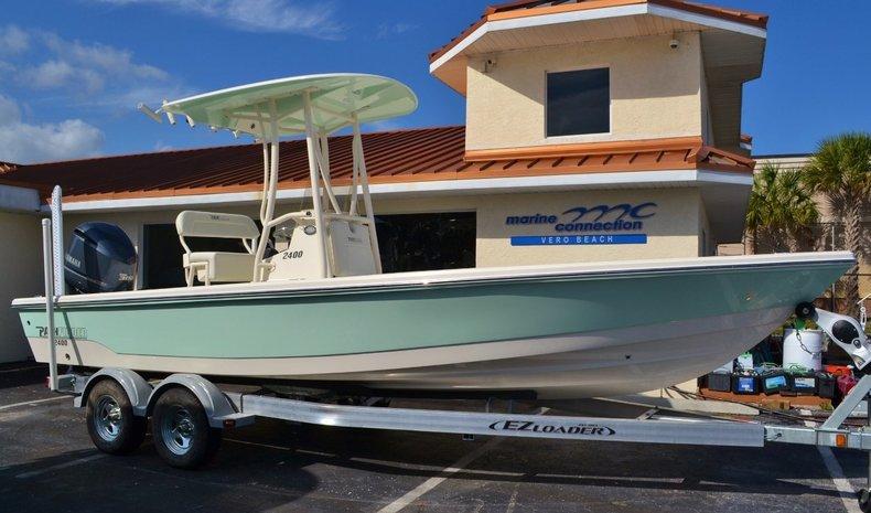 New 2016 Pathfinder 2400 TRS Bay Boat boat for sale in Vero Beach, FL