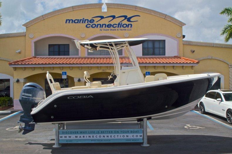 New 2016 Cobia 220 Center Console boat for sale in Vero Beach, FL