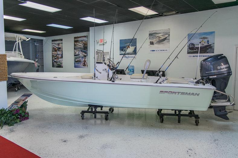 New 2016 Sportsman 18 Island Bay boat for sale in Miami, FL