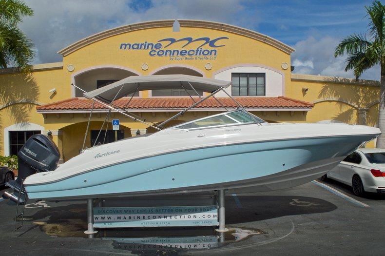 New 2016 Hurricane SunDeck SD 2690 OB boat for sale in Miami, FL