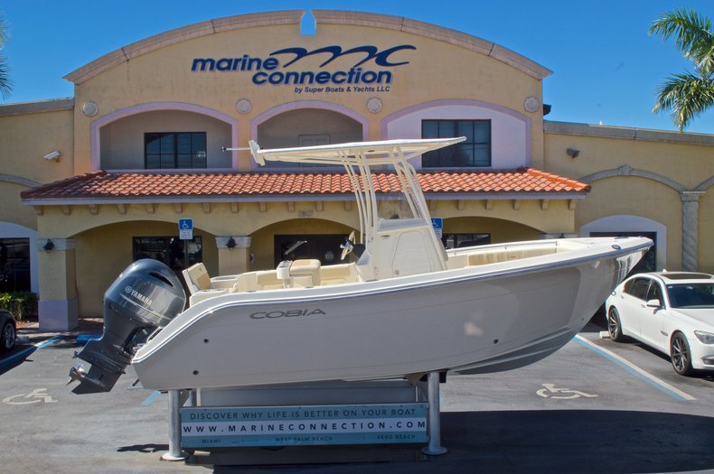 New 2016 Cobia 201 Center Console boat for sale in Vero Beach, FL