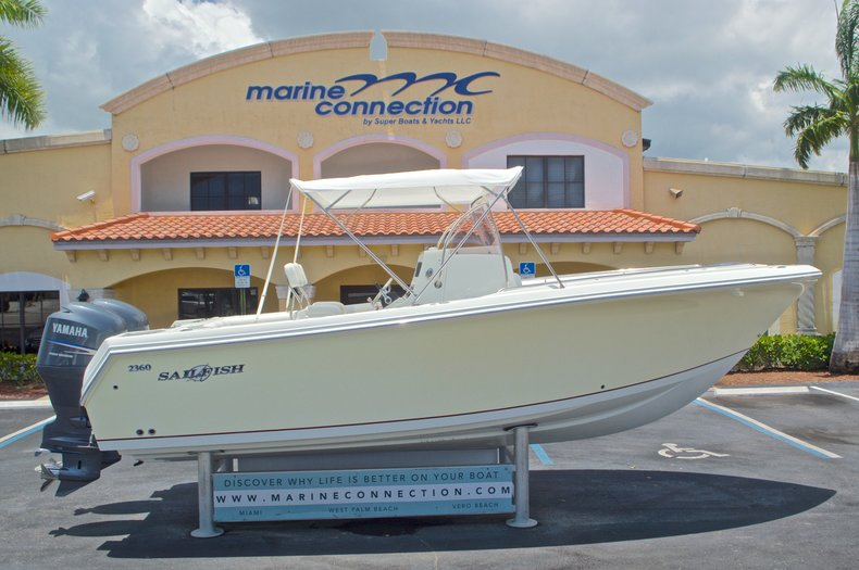 Used 2007 Sailfish 2360 CC Center Console boat for sale in West Palm Beach, FL
