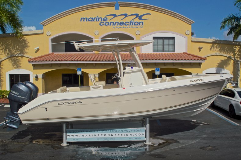Used 2014 Cobia 256 Center Console boat for sale in West Palm Beach, FL