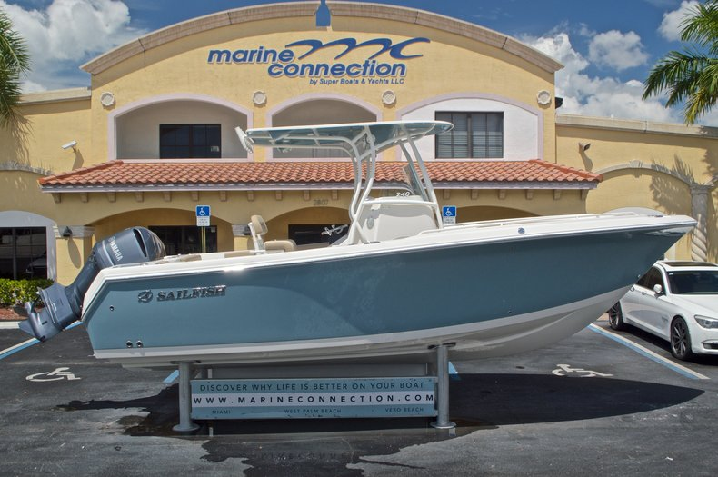 New 2017 Sailfish 240 CC Center Console boat for sale in Miami, FL