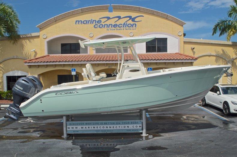New 2017 Cobia 261 Center Console boat for sale in Miami, FL