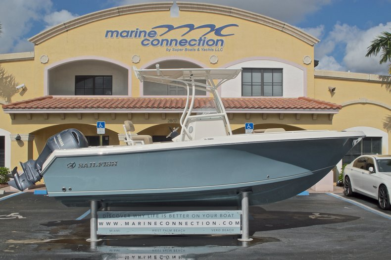 New 2017 Sailfish 220 CC Center Console boat for sale in West Palm Beach, FL