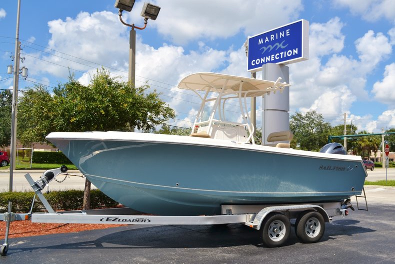 New 2017 Sailfish 220 CC Center Console boat for sale in Vero Beach, FL