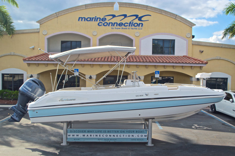 New 2017 Hurricane Sundeck Sport SS 231 OB boat for sale in West Palm Beach, FL