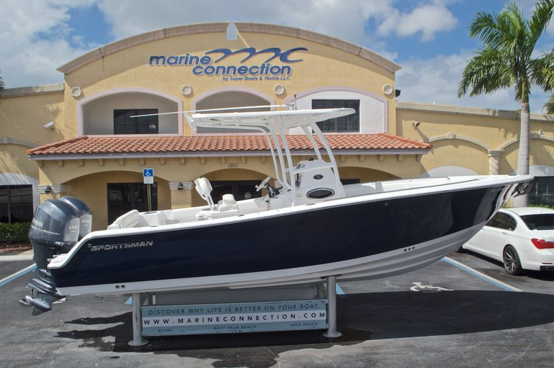 Used 2014 Sportsman Heritage 251 Center Console boat for sale in West Palm Beach, FL