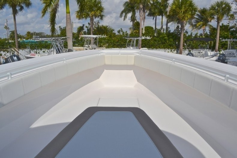 Image 115 for 2013 Contender 39 ST Step Hull in West Palm Beach, FL