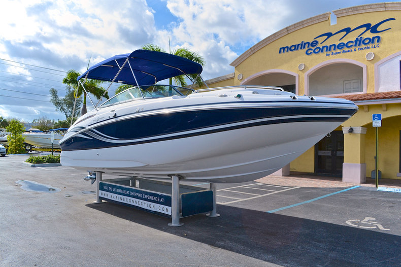 New 2015 Hurricane SunDeck SD 2400 OB boat for sale in West Palm Beach, FL
