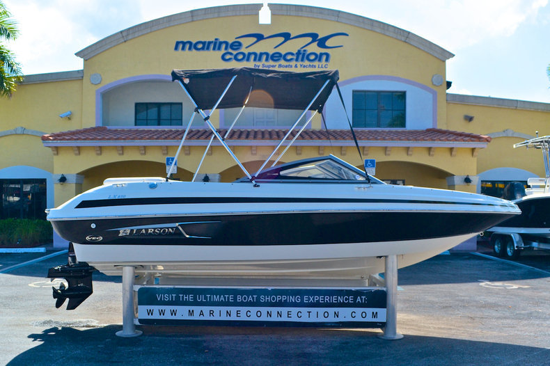 Used 2011 Larson LX 850 Bowrider boat for sale in West Palm Beach, FL