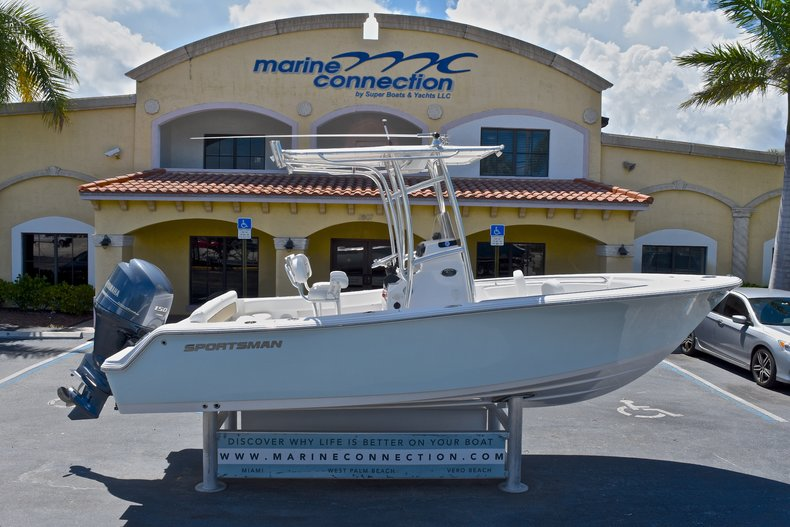 Used 2014 Sportsman Heritage 211 Center Console boat for sale in West Palm Beach, FL