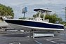 Thumbnail 4 for Used 2015 Robalo 246 Cayman boat for sale in West Palm Beach, FL