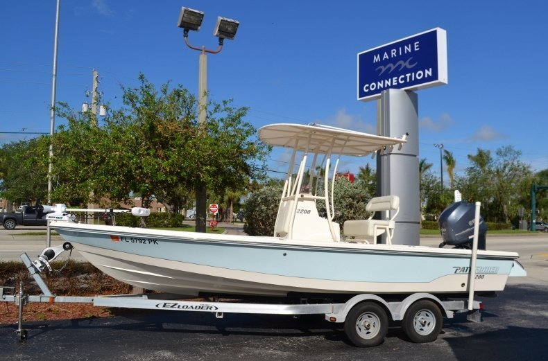Photo for 2013 Pathfinder 2200 TRS Bay Boat