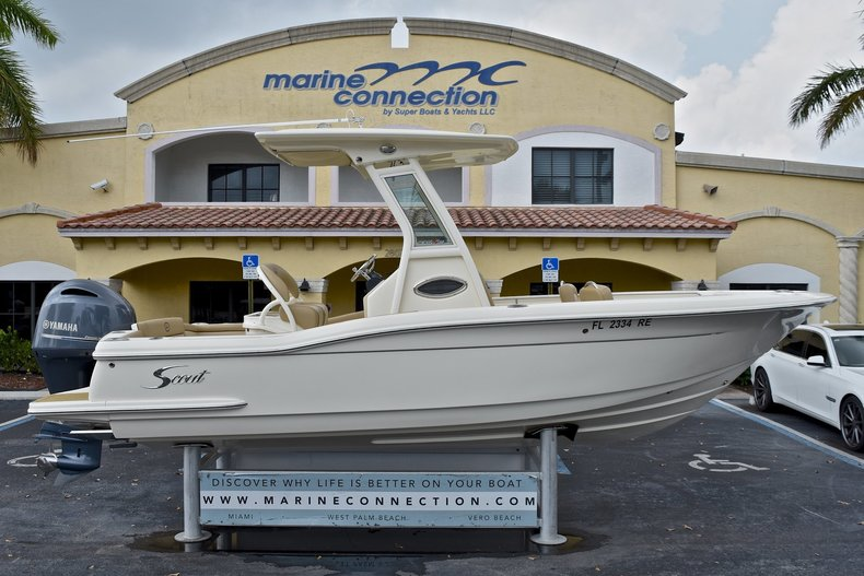 Used 2015 Scout 225 XSF Center Console boat for sale in West Palm Beach, FL