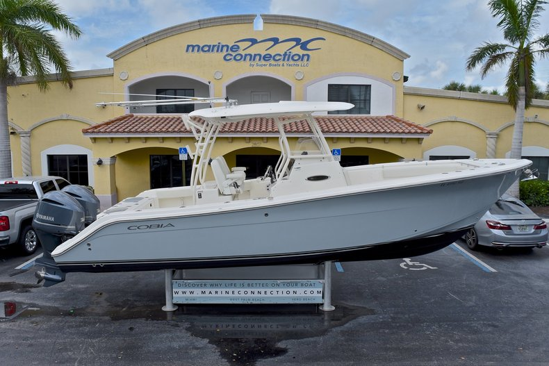 Used 2017 Cobia 296 Center Console boat for sale in West Palm Beach, FL