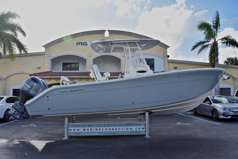 New 2018 Cobia 261 Center Console boat for sale in Miami, FL