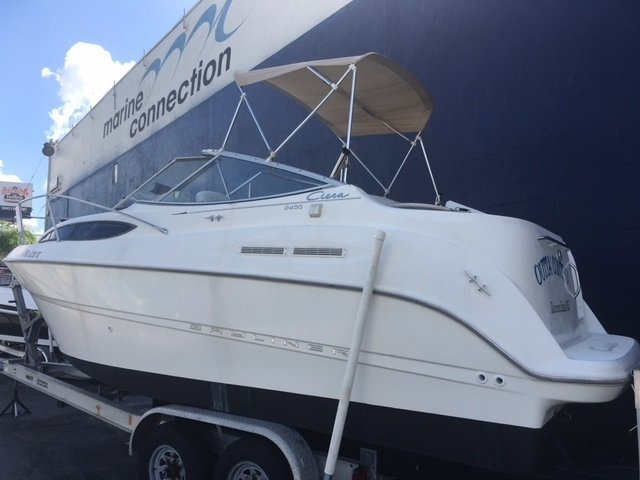 Used 2001 Bayliner 245 Cruiser boat for sale in Fort Lauderdale, FL