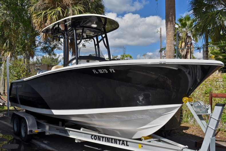 Used 2015 Sportsman Heritage 231 Center Console boat for sale in West Palm Beach, FL
