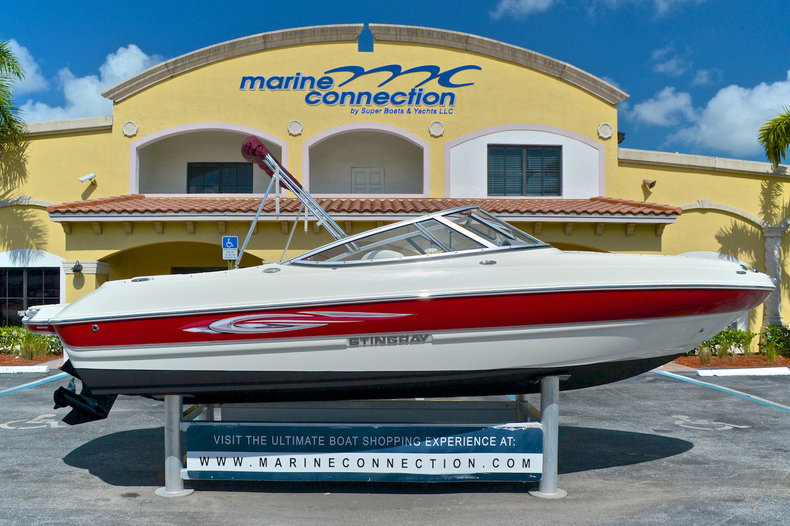 Used 2011 Stingray 208 LR Bowrider boat for sale in West Palm Beach, FL