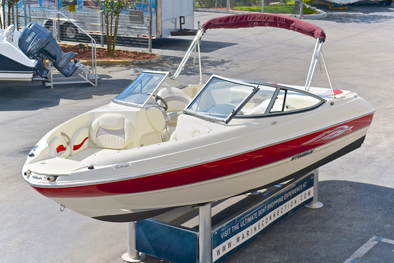 used 2011 stingray 208 lr bowrider boat for sale in west palm beach fl s7yp new used. Black Bedroom Furniture Sets. Home Design Ideas