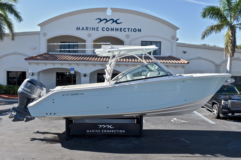 New 2018 Cobia 280 DC Dual Console boat for sale in West Palm Beach, FL