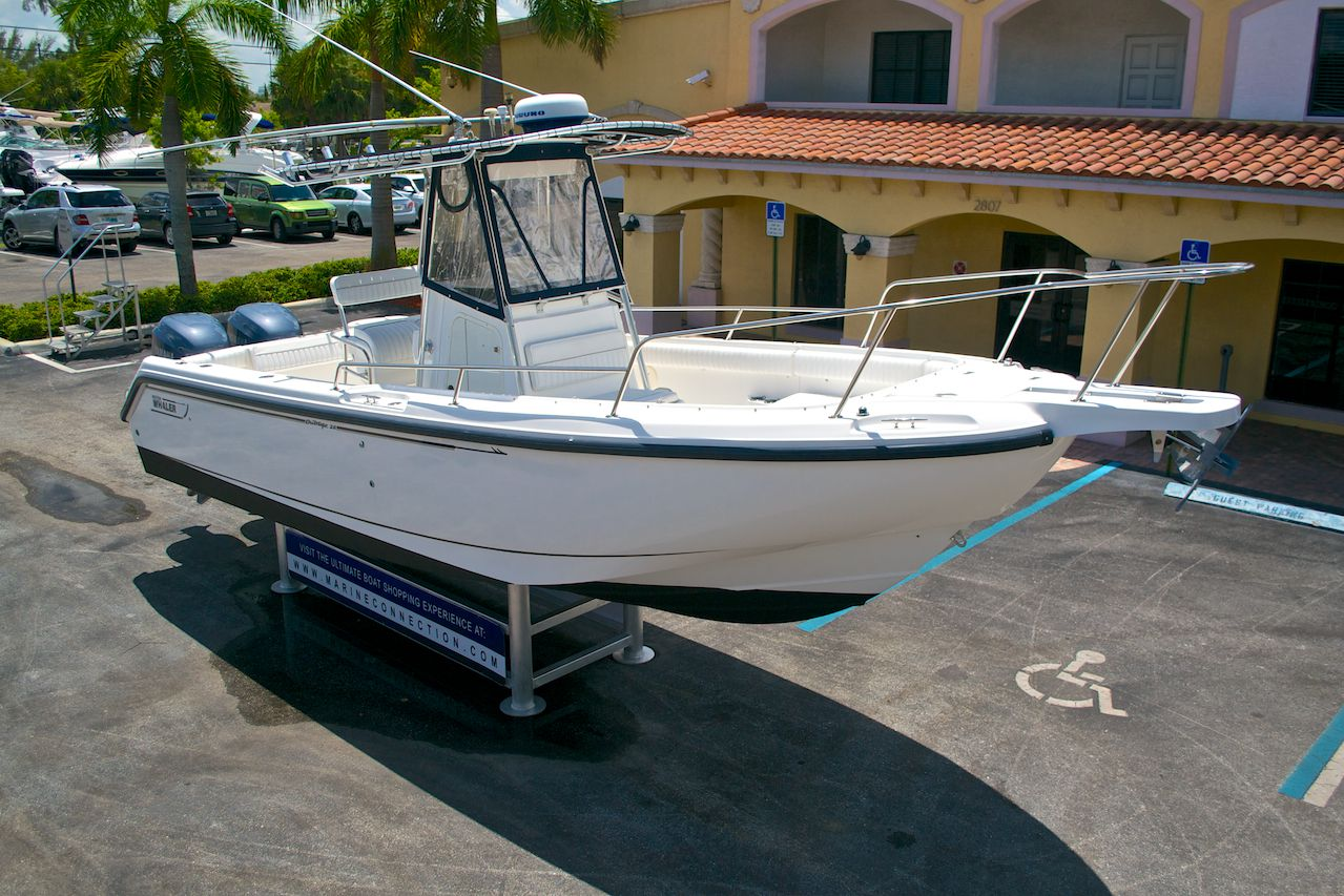 Used 2001 Boston Whaler Outrage 26 Center Console Boat For