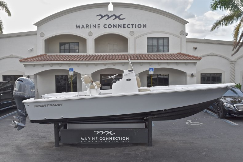 New 2018 Sportsman Masters 227 Bay Boat boat for sale in West Palm Beach, FL