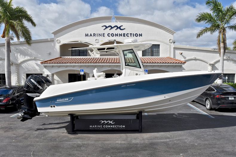 Used 2011 Boston Whaler 280 Outrage boat for sale in West Palm Beach, FL